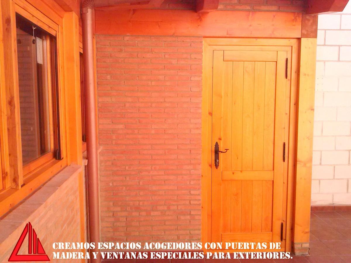 Puerta para exterior gallery of puertas de calle puertas de madera para exterior para modelos - Puertas color pino ...