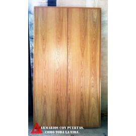 armario con puertas abatibles de excelente distribución