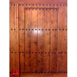 Puertas de doble hoja carpinter a mena - Puertas color pino ...