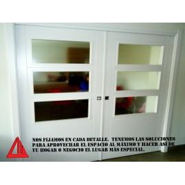 Puerta corredera para interior con vidriera